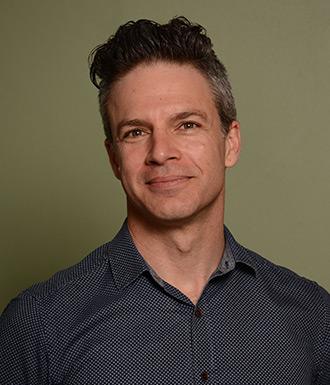 Dr Rory Davis